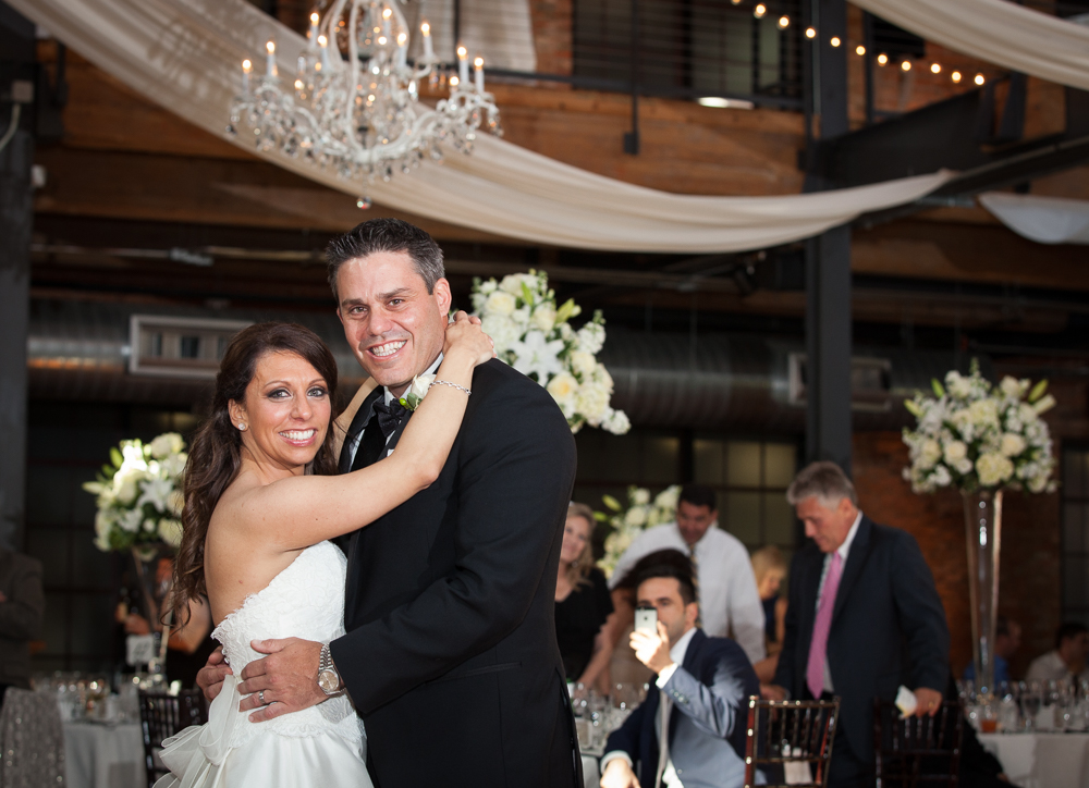 Raleigh-Wedding-Photographer-Bay7FirstDance
