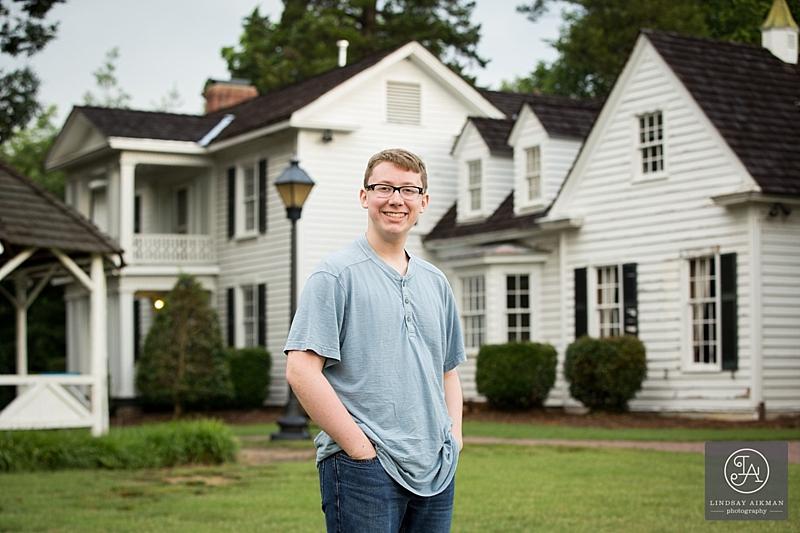 Oak View Raleigh Senior Photographer